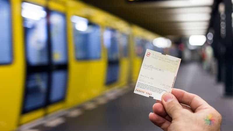 Berlin gezi rehberi şehir indirim kartı berlin pass